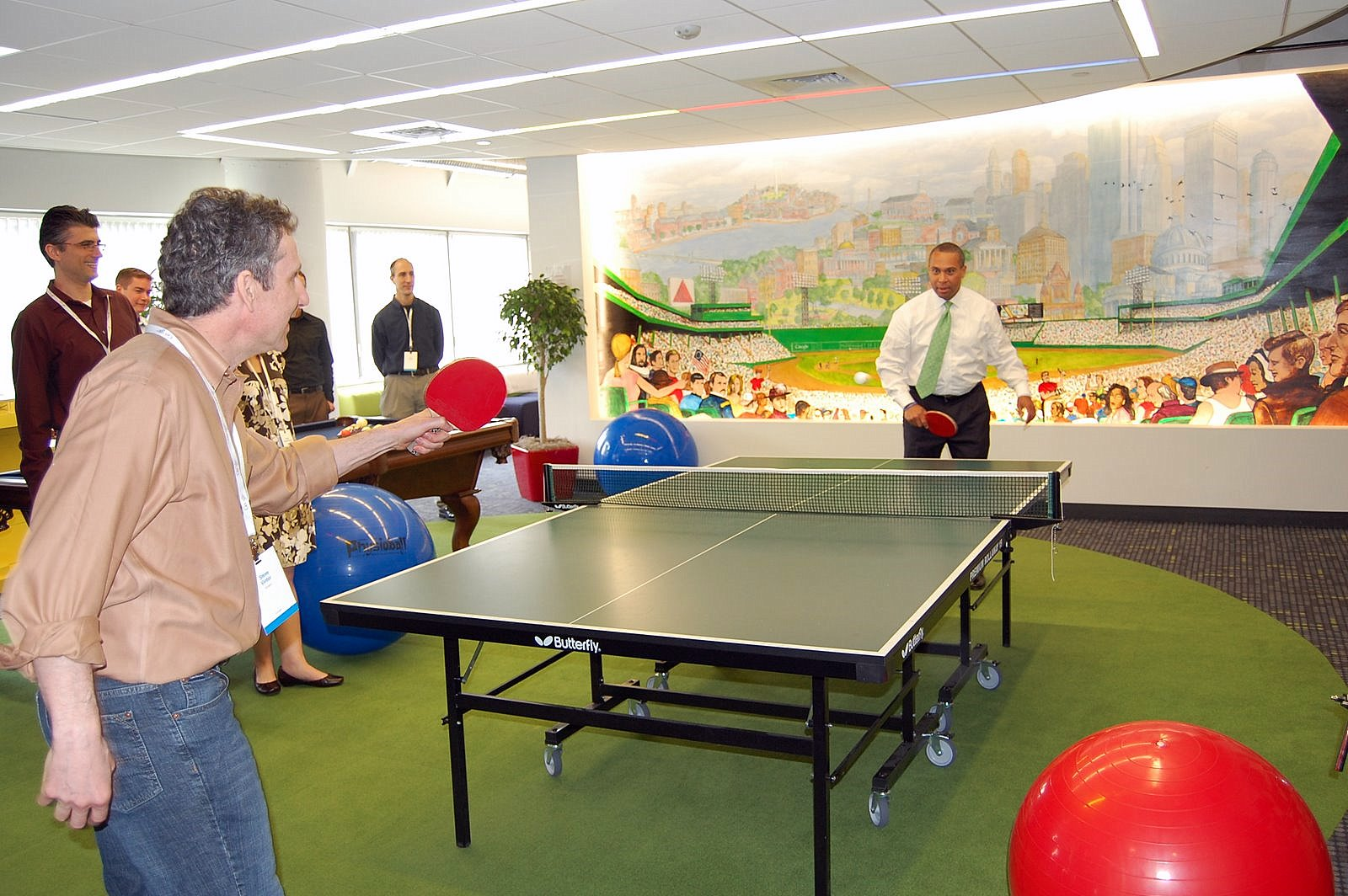 10 Must Haves for Your Startup Office Game Room New Startups