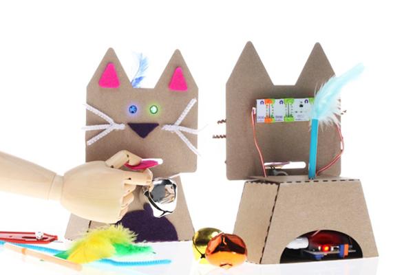 little bits cats light up