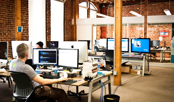 Sharedesk an airbnb platform for workspaces new startups for Design companies in san francisco